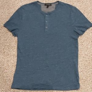 Banana Republic Moisture Wicking Tee